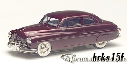 Ford Monarch Brooklin.jpg