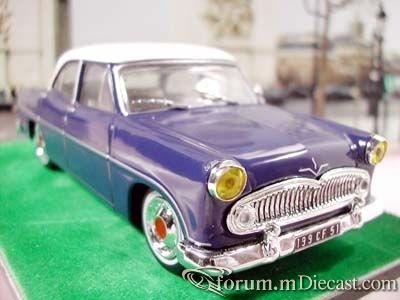 Ford Versailles.jpg