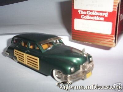 Packard 1950 Woodie Goldvarg.jpg