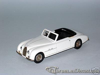 Bugatti Type 101 Cabrio Metal 43.jpg