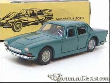 Maserati Quattroporte I Politoys.jpg