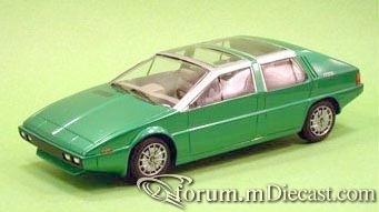 Maserati Medici Italdesign Salon Turin 1974 Yow.jpg