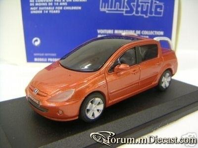 Peugeot 307 Cameleo Ministyle.jpg
