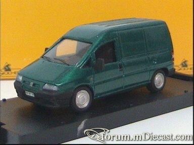 Peugeot Expert Van Giocher.jpg