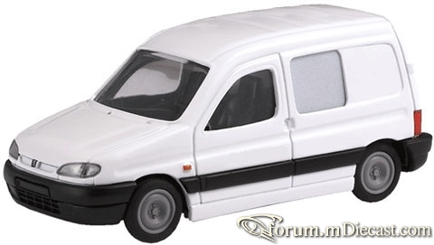 Peugeot Partner I Combi Eligor.jpg