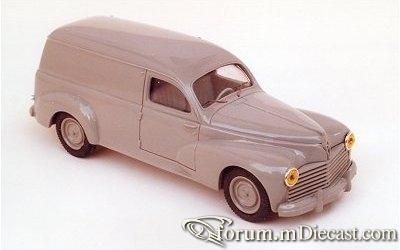 Peugeot 203 Van 1956 Original.jpg