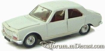Peugeot 504 4d Norev-1.jpg