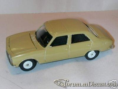 Peugeot 504 4d Buby.jpg