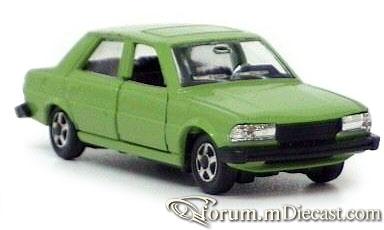 Peugeot 305 4d Mebetoys.jpg