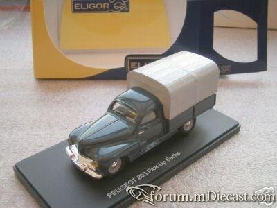 Peugeot 203 Pickup 1954 Eligor.jpg