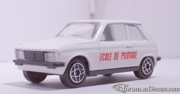 Peugeot 104ZS Solido.jpg
