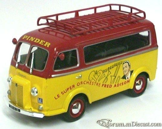 Peugeot D4A Bus.jpg