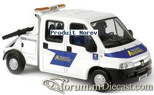 Peugeot Boxer Tow-1 Norev.jpg