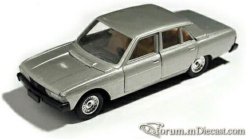 Peugeot 604 4d Solido.jpg