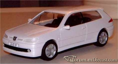 Peugeot 306 Break de Chasse Geneve 1999 Ministyle.jpg