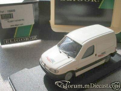 Peugeot Partner I Van Eligor.jpg