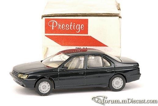Peugeot 605 4d Prestige.jpg