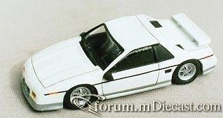 Pontiac Fiero GT 1986.jpg