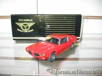 Pontiac Firebird 1971 Formula PTH.jpg