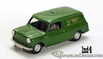 Mini Van Lansdowne.jpg