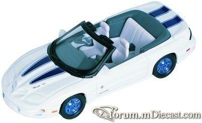 Pontiac Firebird Trans Am 1999 Cabrio Yatming.jpg