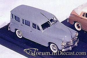 GAZ 20 1954 Universal Korotaev.jpg