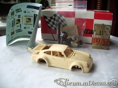 Porsche 911 1994 Turbo Starter.jpg