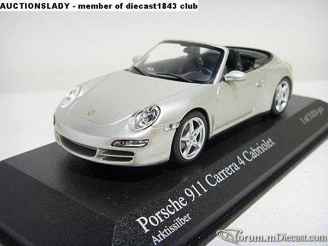 Porsche 911 2005 Carrera 4 Cabrio Minichamps.jpg