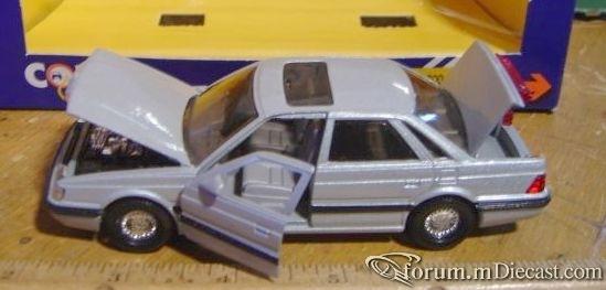 Rover 800 Sterling Corgi.jpg