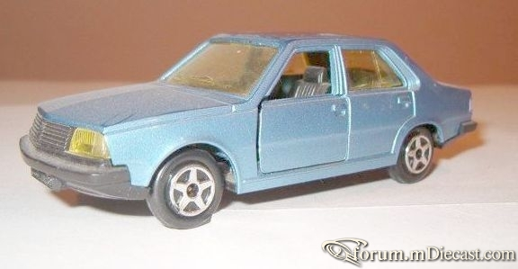 Renault 18 4d Norev.jpg