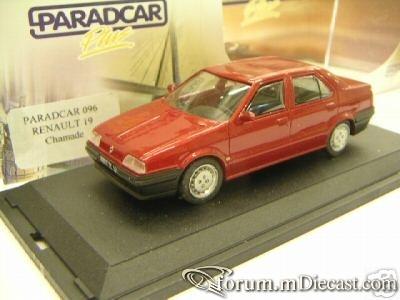 Renault 19 4d Paradcar.jpg