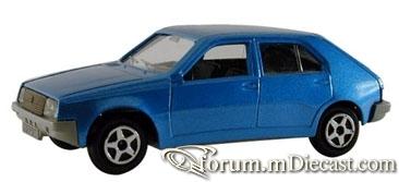 Renault 14 Norev.jpg