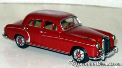 Mercedes-Benz W120 220 1956 CCC.jpg