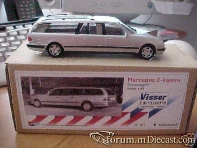 Mercedes-Benz W210 E T Visser.jpg