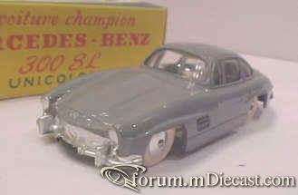 Mercedes-Benz W198 300SL 1954 Quiralu.jpg