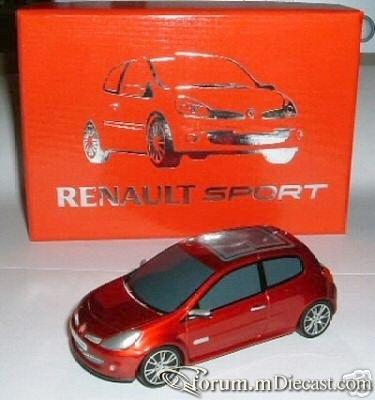 Renault Clio 2005 Salon de Francfort Norev.jpg