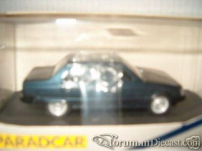 Renault 9 4d Paradcar.jpg