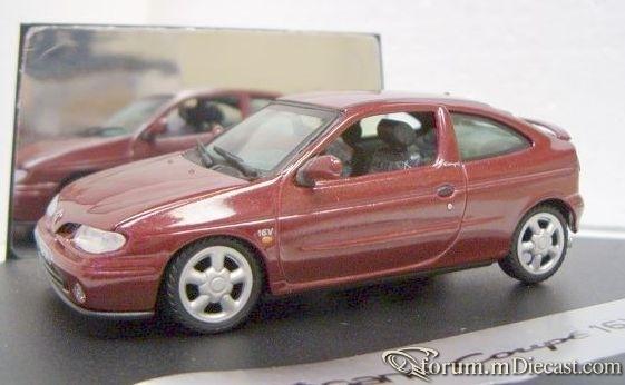 Renault Megane 1996 3d Vitesse.jpg