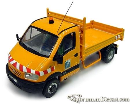 Renault Mascott 1999 Dump Norev.jpg