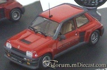 Renault 5 I Turbo Universal Hobbies.jpg