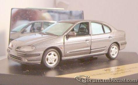 Renault Megane 1996 4d Vitesse.jpg