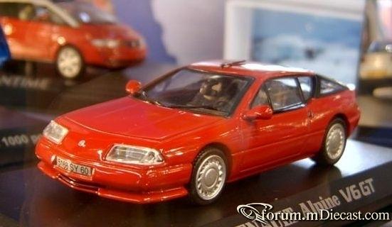 Renault Alpine V6 Turbo Universal Hobbies.jpg
