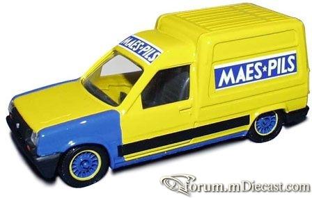Renault Express 1987 Solido.jpg