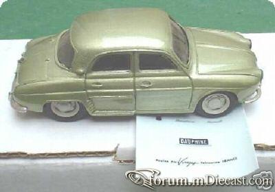 Renault Dauphine 4d 1956 Duvi.jpg