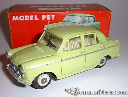 Datsun Bluebird 4d Model Pet.jpg