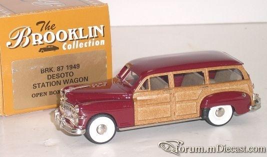De Soto 1949 Woody Brooklin.jpg