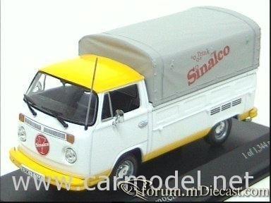 Volkswagen Transporter T2 1968 Pickup Minichamps.jpg