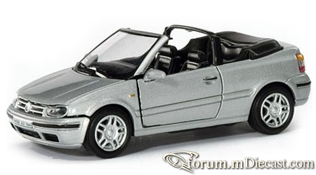 Volkswagen Golf III Cabrio Cararama.jpg