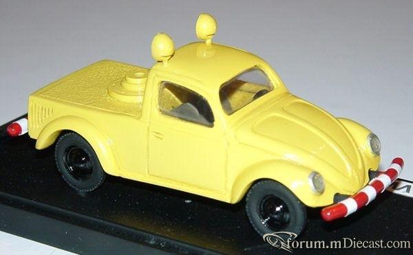 Volkswagen Beetle 1946 Semi.jpg