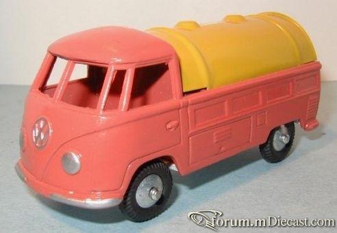 Volkswagen Transporter T1 1955 Tanker.jpg